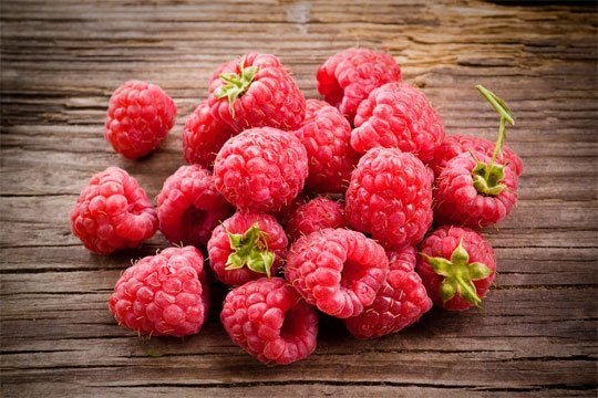 Nannas raspberries